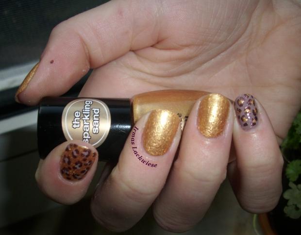 Leopard und Sand 1