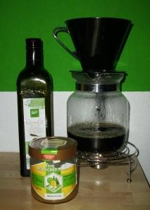 Kaffeesatz-Honig Maske1