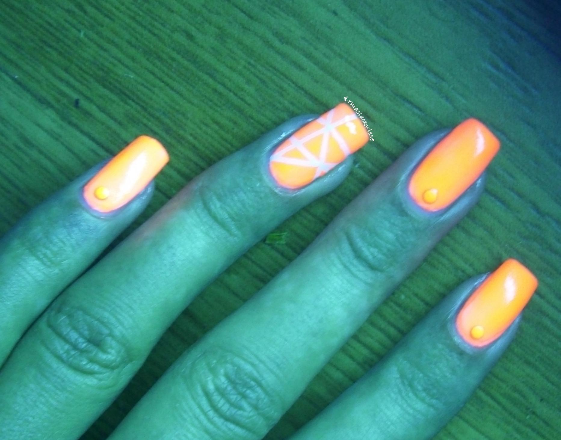 Neon Stripes – Leuchtlack vom Bornprettystore – Irmas Lackwiese