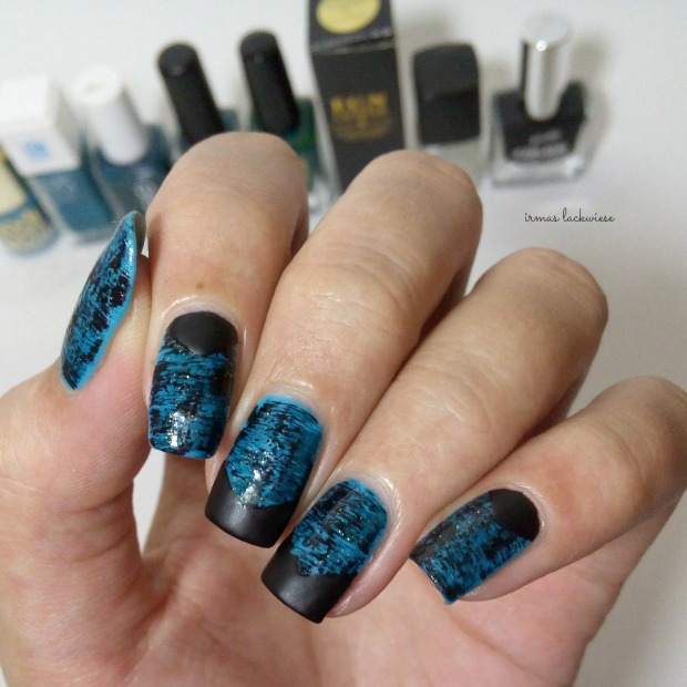 distressed nails - blue teal (37)