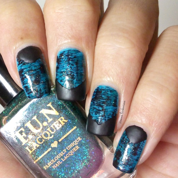distressed nails - blue teal (41)
