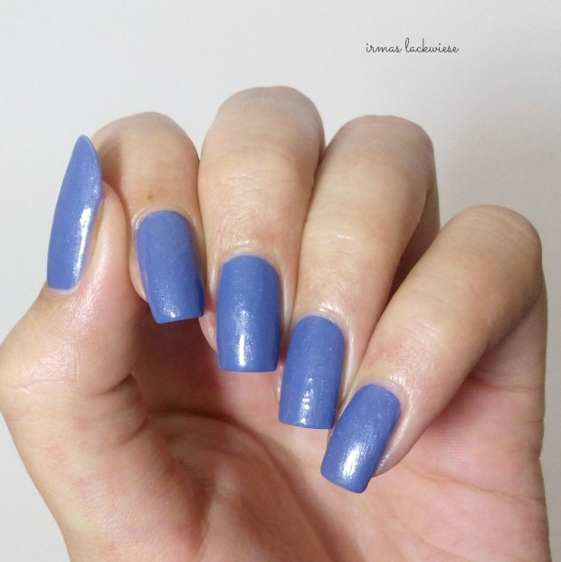 winnieh pooh nailart (6) - catrice denim moore