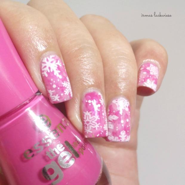 pink smoky nails (7) + moyou snowflake stamping