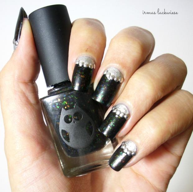 twin nails (28) c zmei gorinich silver halfmoon + nieten