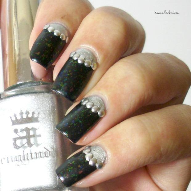 twin nails (33) c zmei gorinich silver halfmoon + nieten