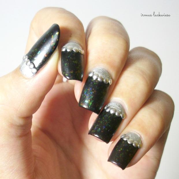 twin nails (41) c zmei gorinich silver halfmoon + nieten