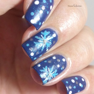 nailart blue snowflakes arabesque kobalt blue (9)