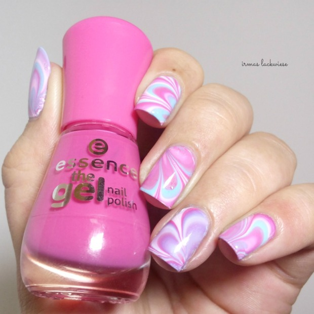 beauty2k white + water marble nail art with essence (8)