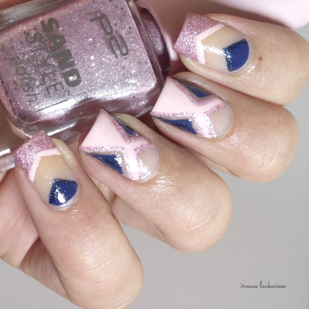 negative space - cut out nail art pink and blue (2)