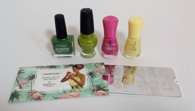 picture polish jealousy + reverse stamping moyou flower (1)