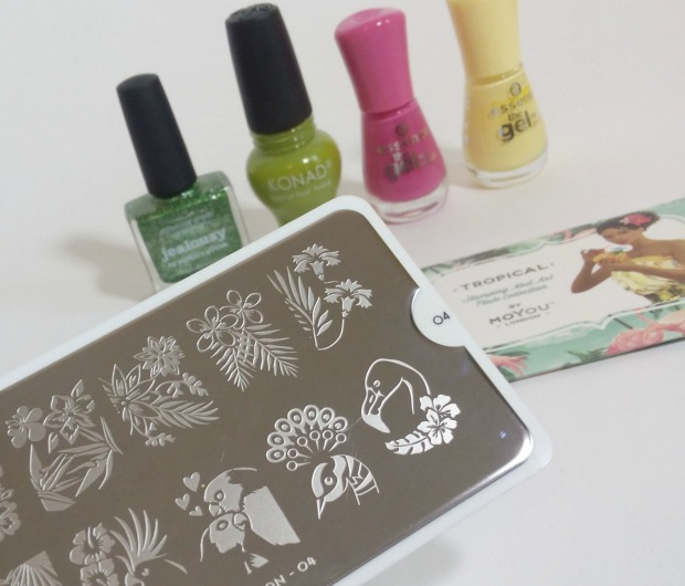 picture polish jealousy + reverse stamping moyou flower (2)
