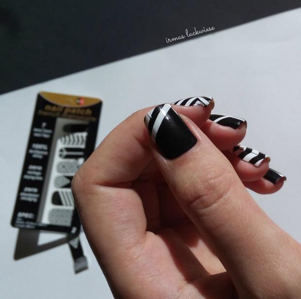 black and white nail wraps (3)