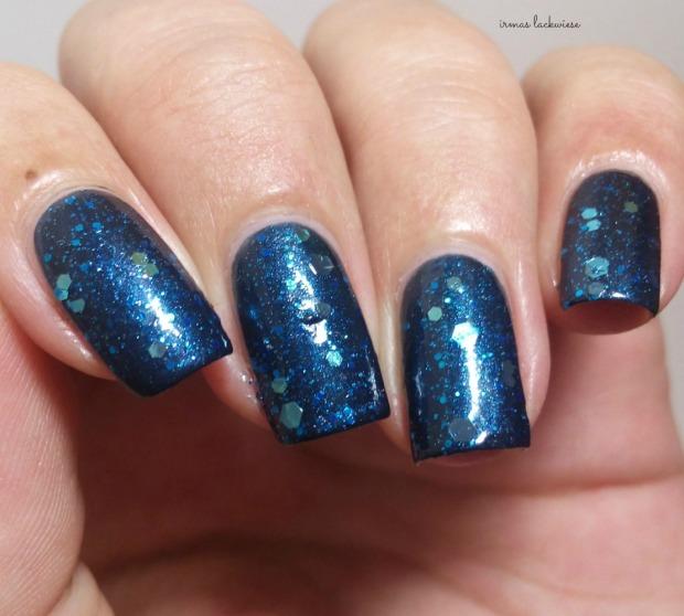Butter London Blue Coat + essence glorious aquarius(9)