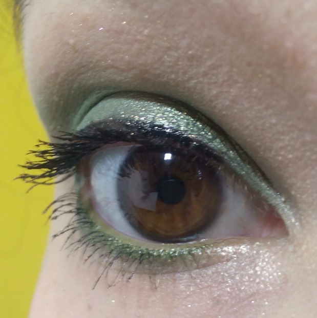 eye make up green (2)