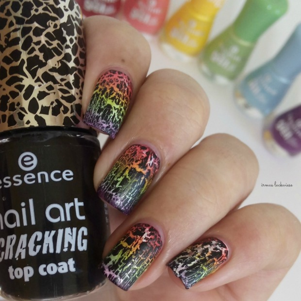 rainbow gradient nails + essence black crackle finish top coat (5)