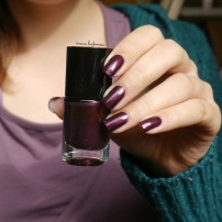 catrice first class upgrape + diamond nail vinyls (2)