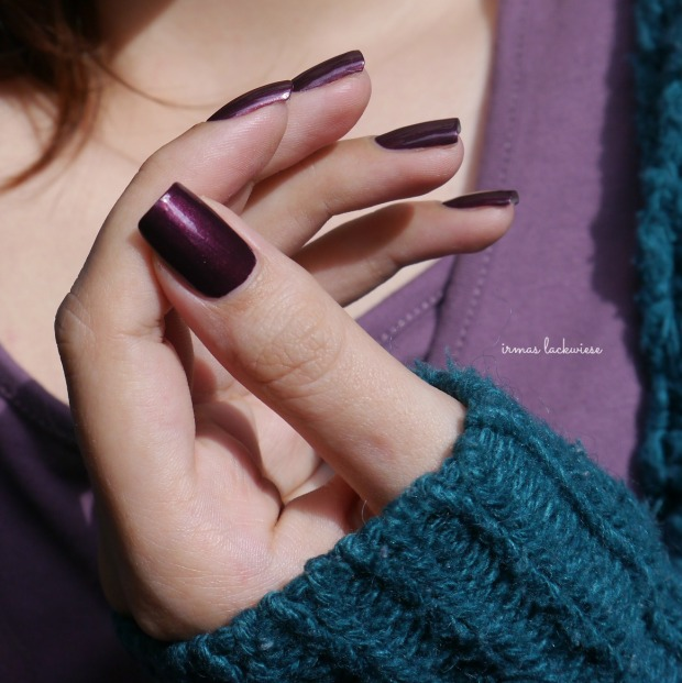 catrice first class upgrape + diamond nail vinyls (7)