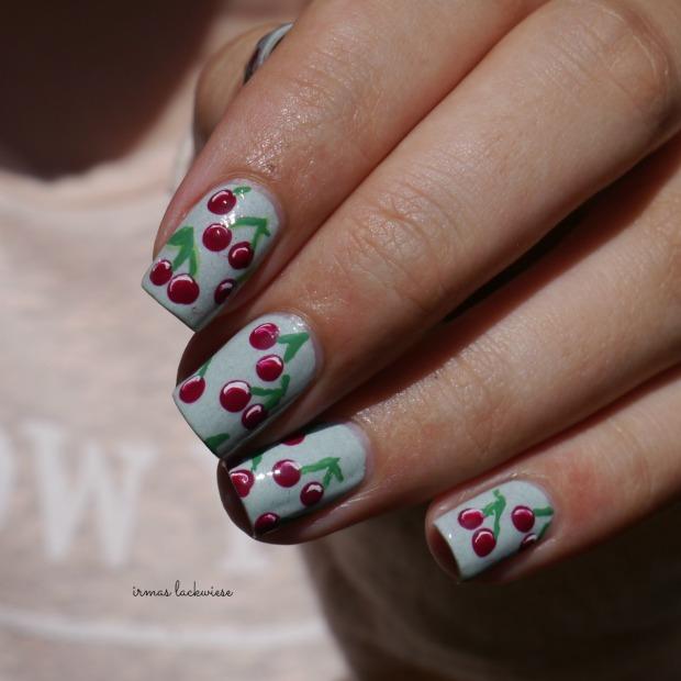 essence make up your mint + cherry nailart (13)