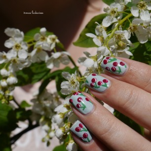 essence make up your mint + cherry nailart (14)