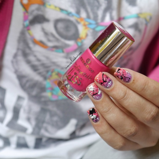 essence nothing but lovestoned + gradient + splatter nails(6)