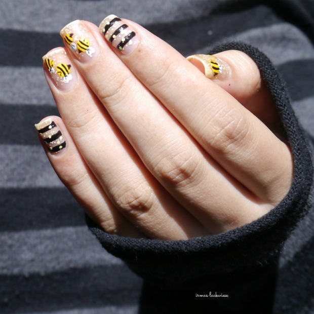 negative space bee nailart (11)