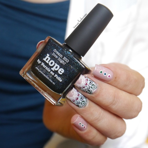 picture polish grace + moyou reverse stamping (28)