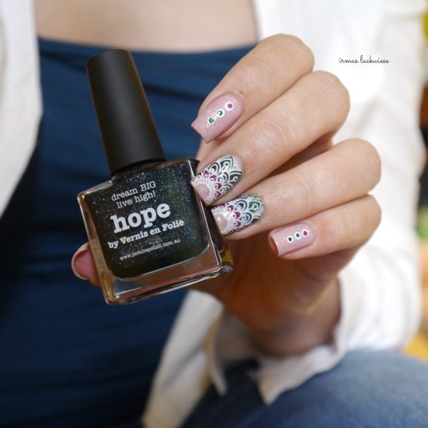picture polish grace + moyou reverse stamping (32)