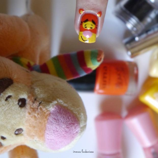 uma freaky orange + tigger nailart - winnieh pooh(10)