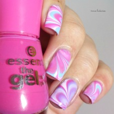 beauty2k-white-water-marble-nail-art-with-essence-7