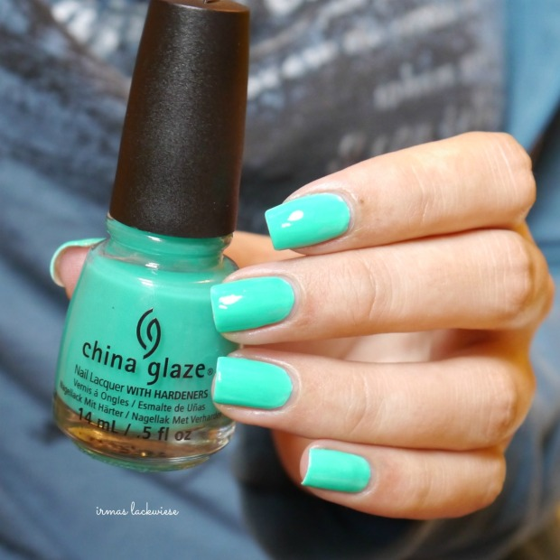 china glaze keepin it teal (4)
