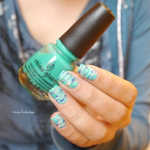 china glaze keepin it teal + sugar spun nailart (6)