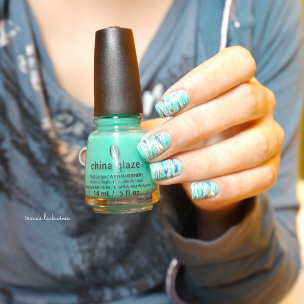 china glaze keepin it teal + sugar spun nailart (7)