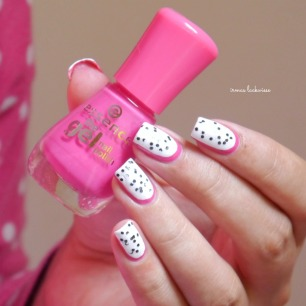 essence #lucky + dragonfruit nailart(11)