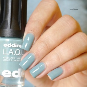 edding laque powder blue (3)