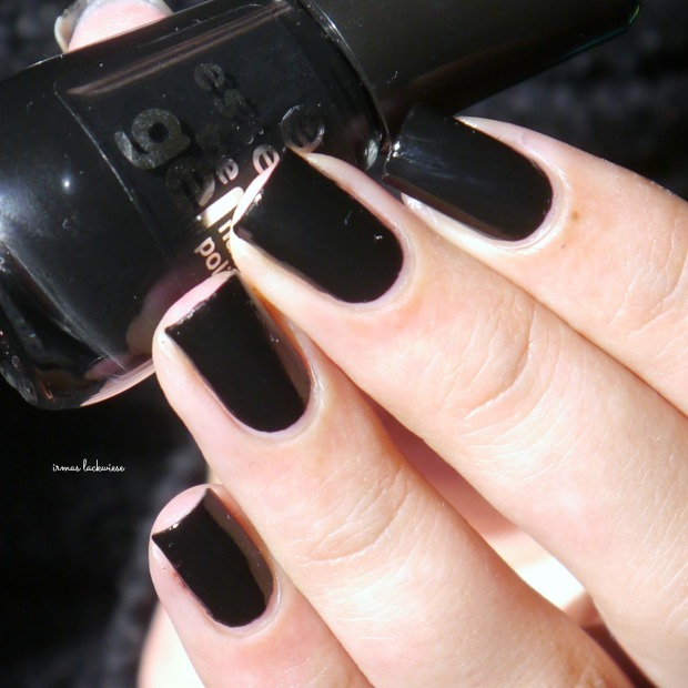 essence black is back (1)