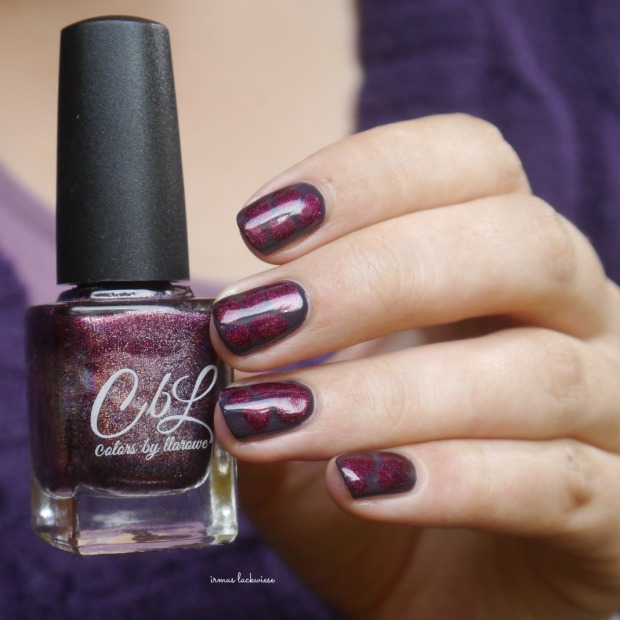 essence-merry-berry-holo-blobbicure-8