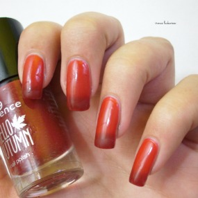 essence-beautifall-red-10