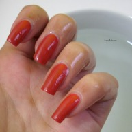 essence-beautifall-red-6
