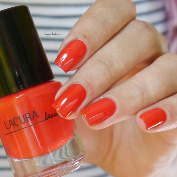 lacura-strawberry-red-4