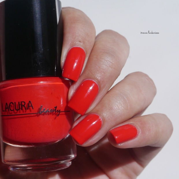 lacura-strawberry-red-5