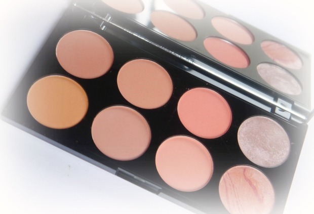 make-up-revolution-blush-palette-0