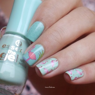 miss-sophies-flamingo-nailart-5