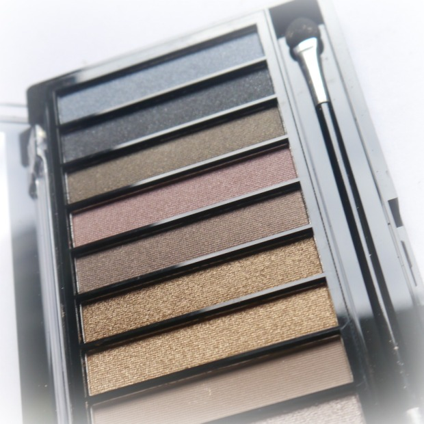 make-up-revolution-iconic-pro-1-6