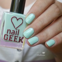 nail-geek-peppermint-moyou-colour-alike-stamping-2