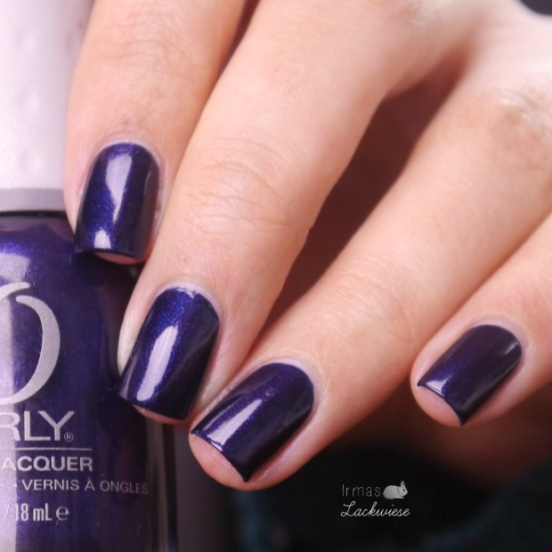 orly-in-the-navy-6