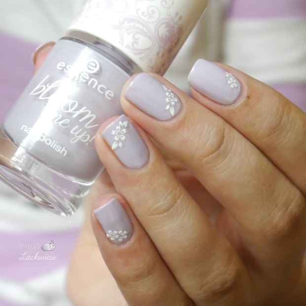 essence-lovely-lavender-6