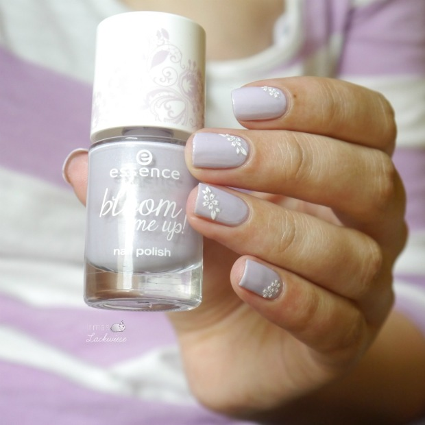 essence-lovely-lavender-7