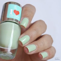 rdel young mint myself and i + maniswappies turquoise marble nails (2)