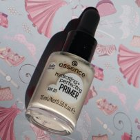 essence hydrating + perfecting primer (1)